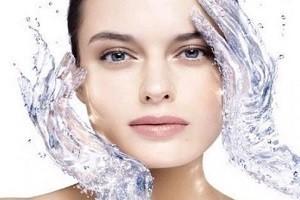 увлажнеение кожи лица