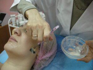 5. Наносить маску строго в один слой